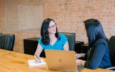 Le briefing-debriefing en management booste la performance des équipes